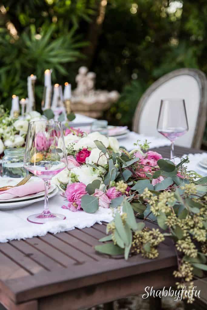 romantic table centerpiece ideas blooms