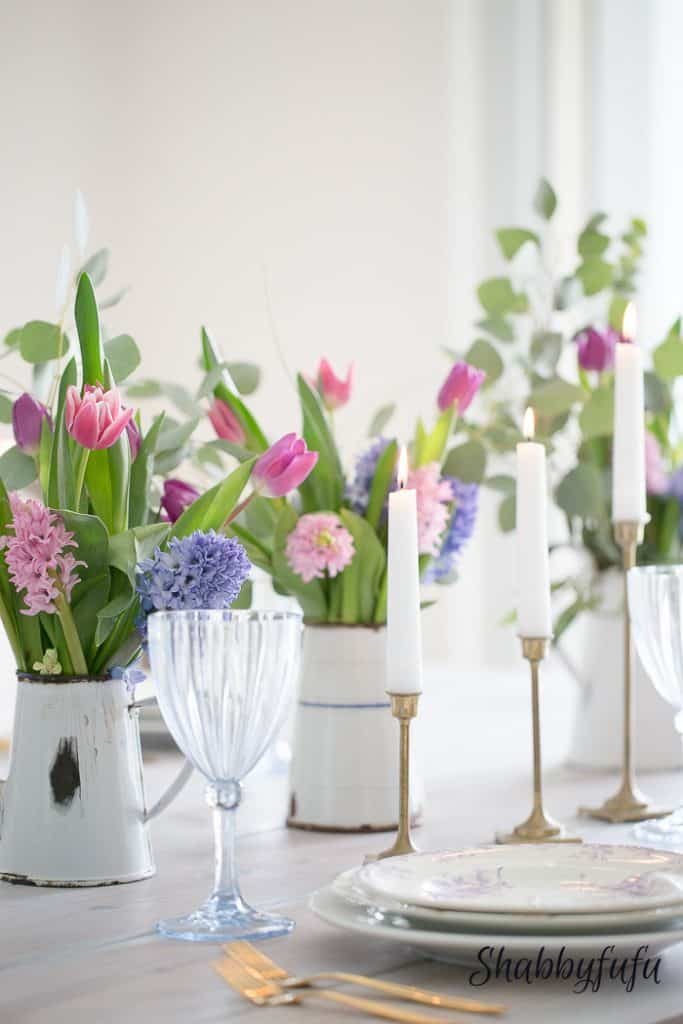 table setting decorations for spring