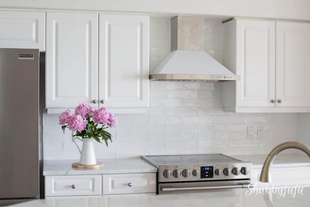 white-coastal-kitchen-remodel