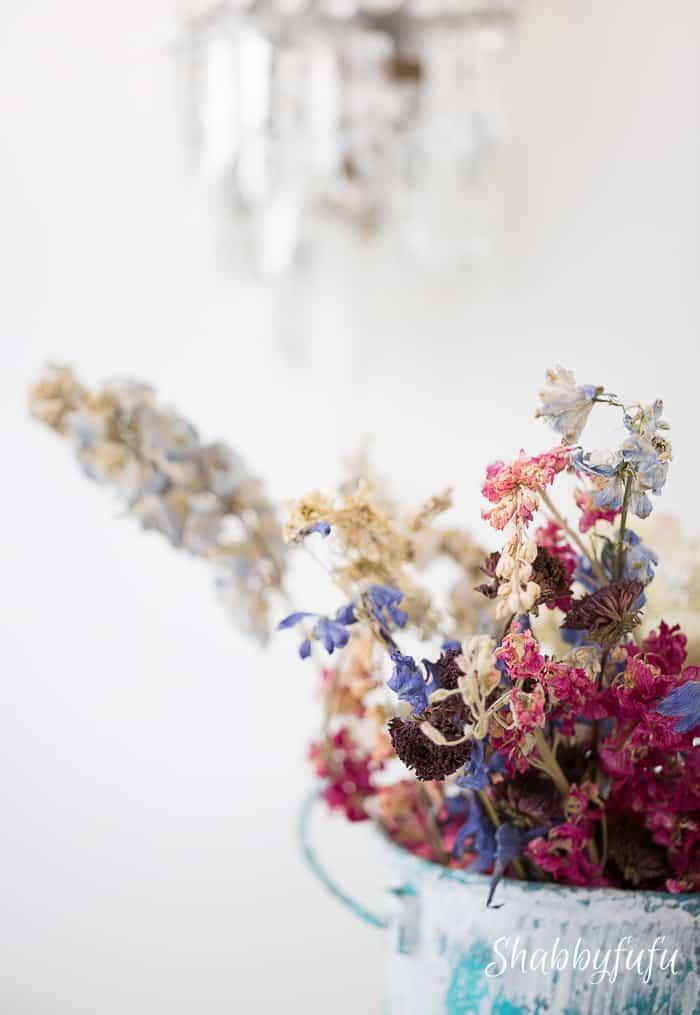dried-floral-centerpiece