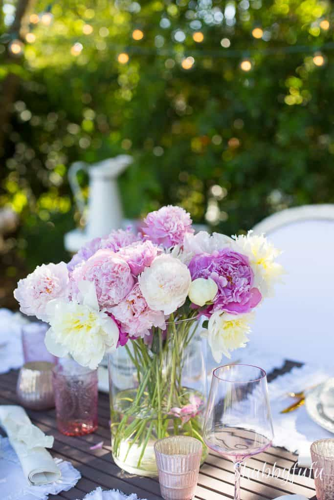 table-set-peonies