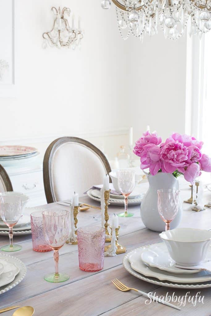 tablescape-centerpiece-pink-peonies