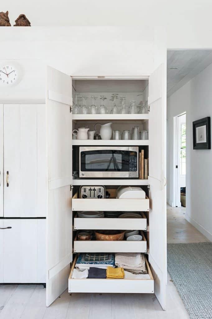 pantry-coffee-bar-microwave-station
