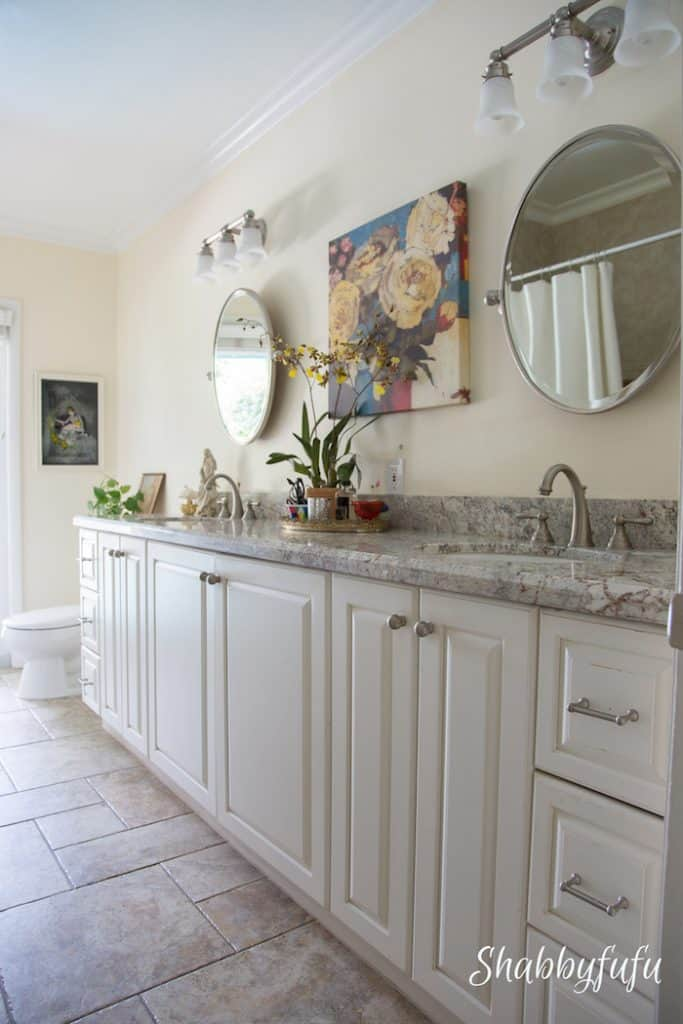 bathroom with granite counters