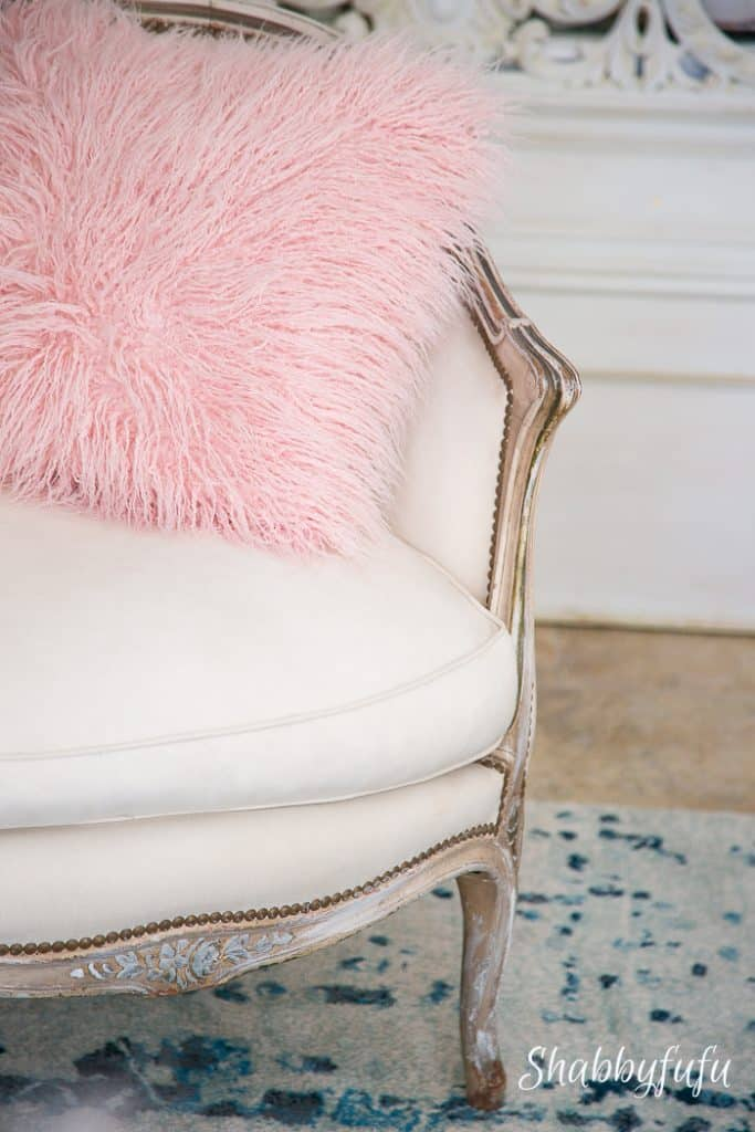 pink-fur-pillow-french-chair