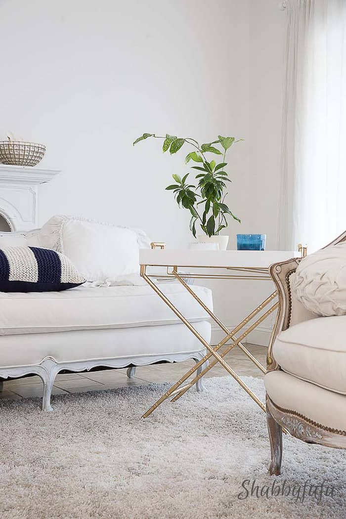 How To Live With White In A Casual Home
