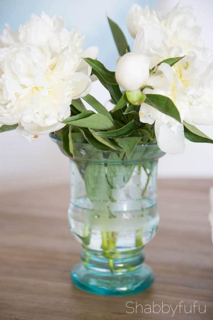 vintage-aqua-jar-white-peonies