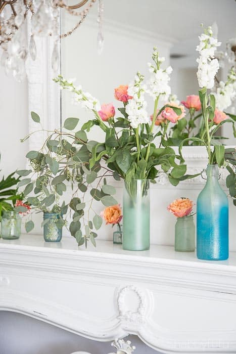 coastal beach summer mantel