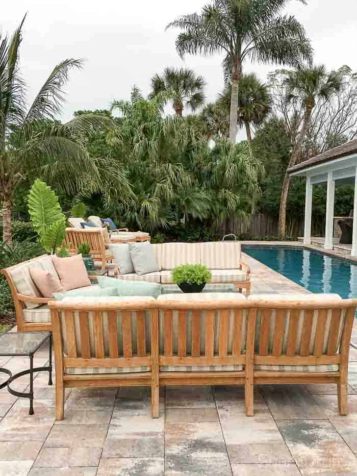 florida patio with teak furniture