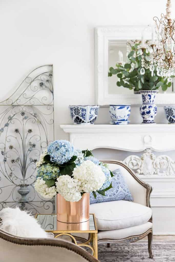 blue and white french country living room