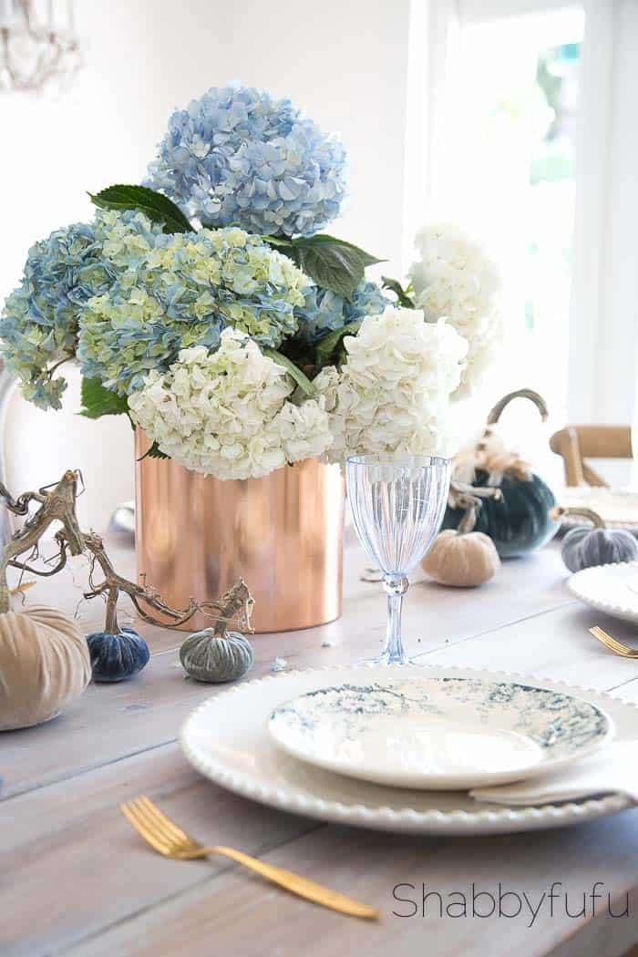 Velvet Pumpkins For Fall Elegant Table Setting Ideas Shabbyfufu Com