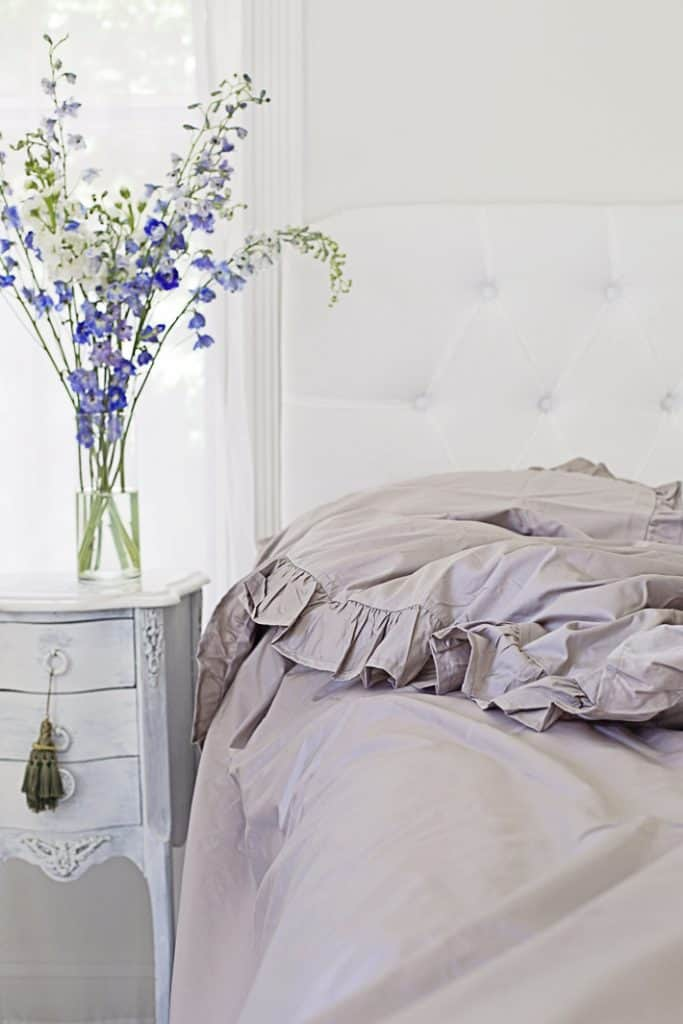 gray ruffled bedding early fall decorating ideas