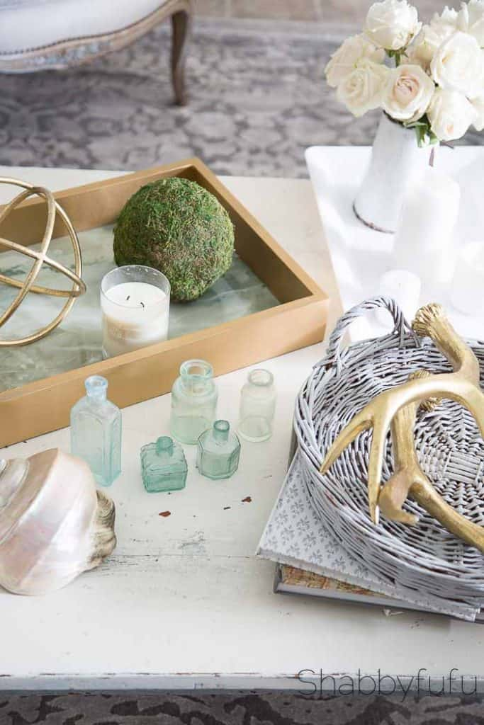coffee table tray styling