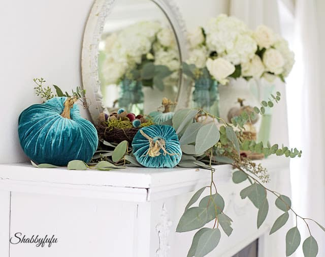 aqua autumn decor ideas
