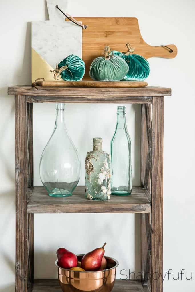 aqua-pumpkins-rustic-fall-beach-decorating