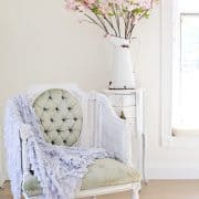 TOP 8 Romantic Chic Seating Selections That You'll Love