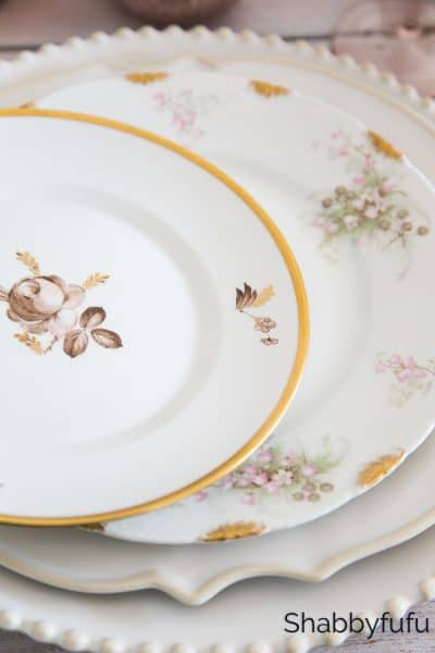 How To Style Place Settings And Mix Patterns Up