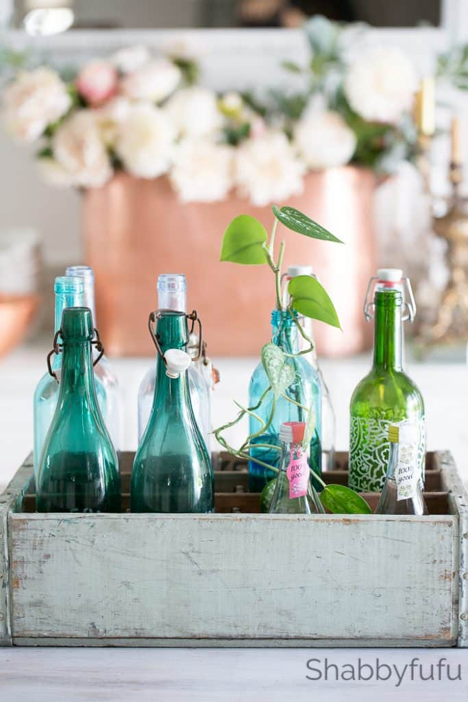 wooden-crates-decorating-ideas vintage french bottles