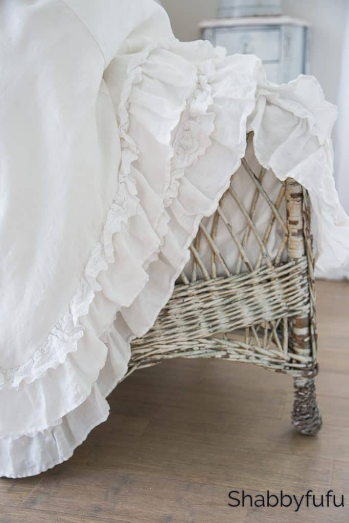 white petticoat ruffle bedspread english country cottage decorating