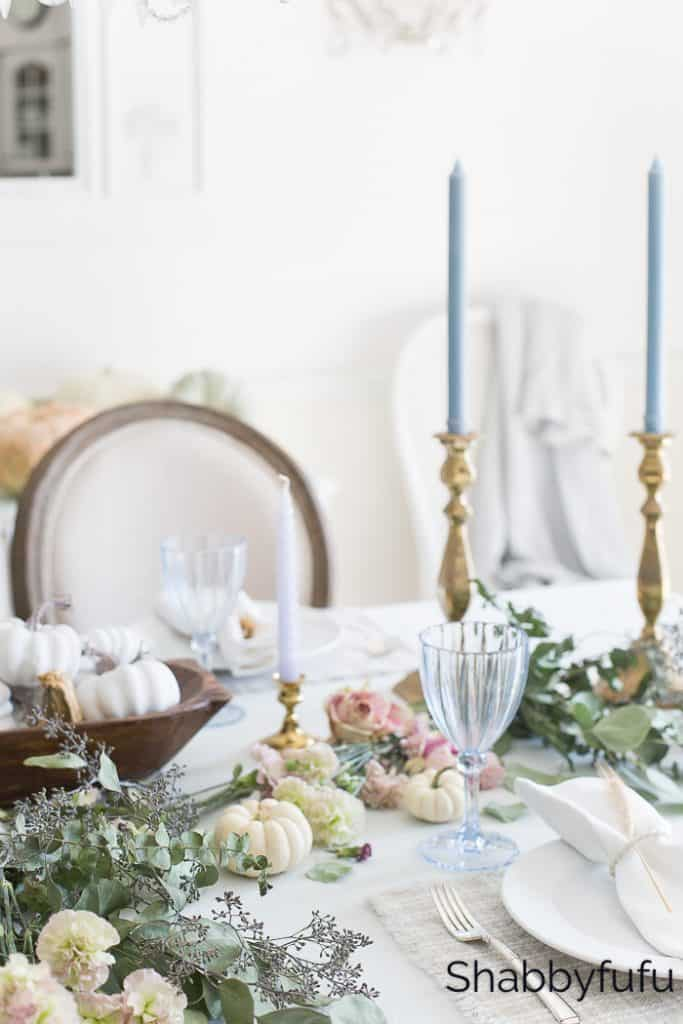 feminine style thanksgiving table english country cottage decorating