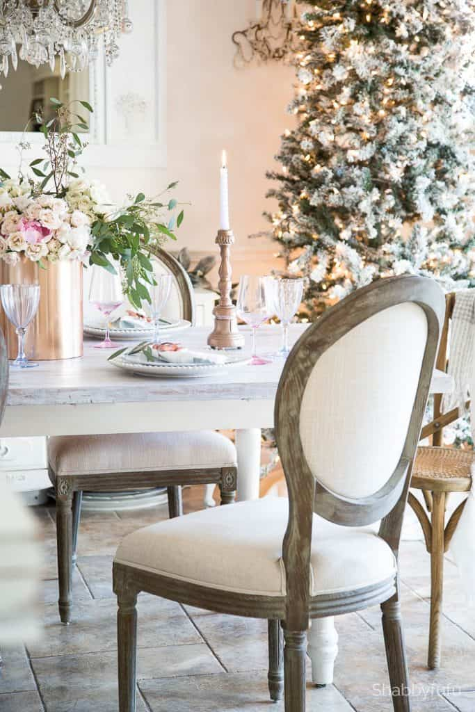 french-country-christmas-tablescape-shabbyfufu
