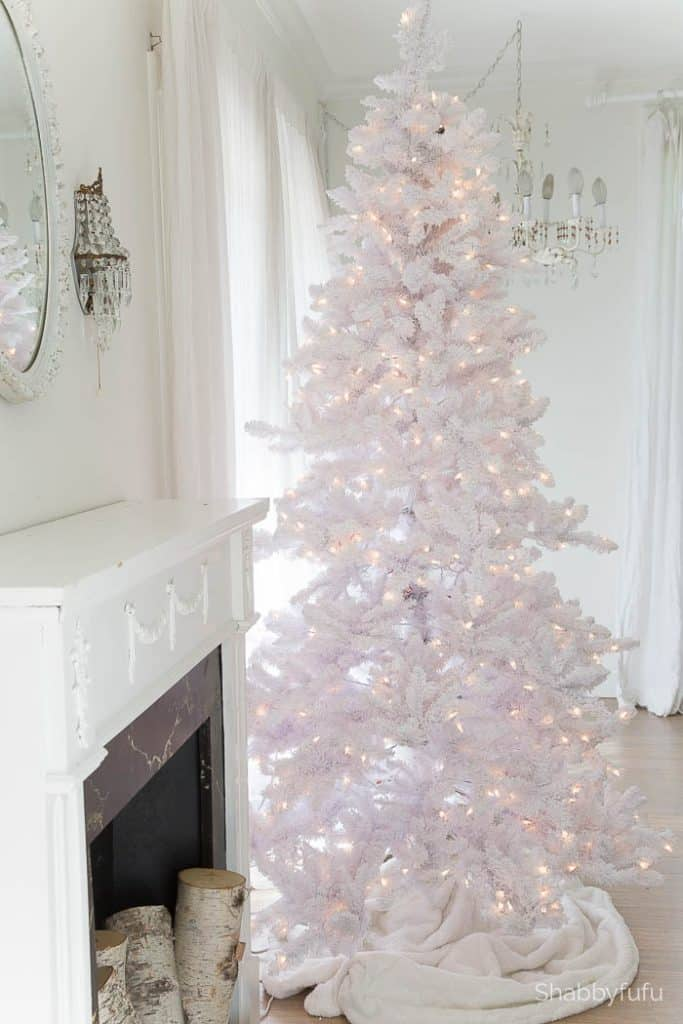 secrets and tips for decorating white christmas trees - Images Of White Christmas Trees Decorated