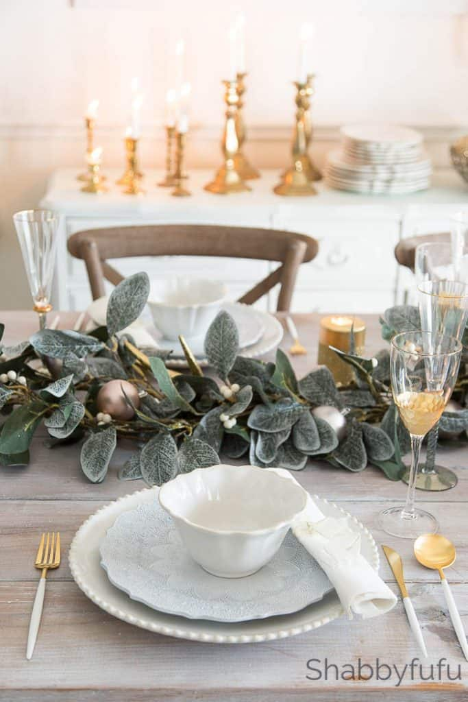 christmas-tablescape-elegant-french-style