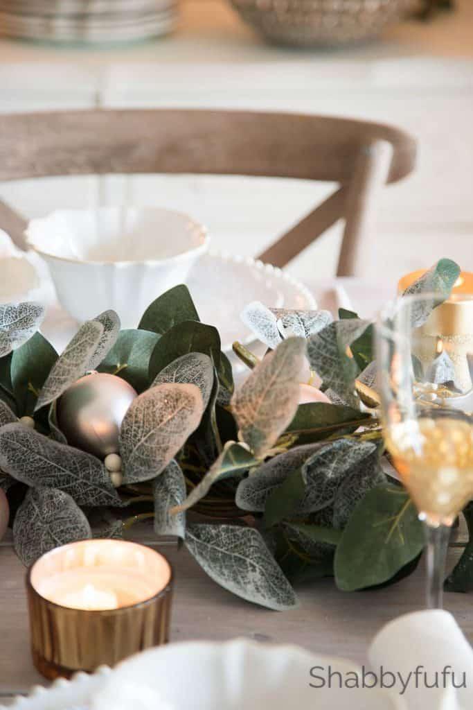 magnolia-Christmas-garland