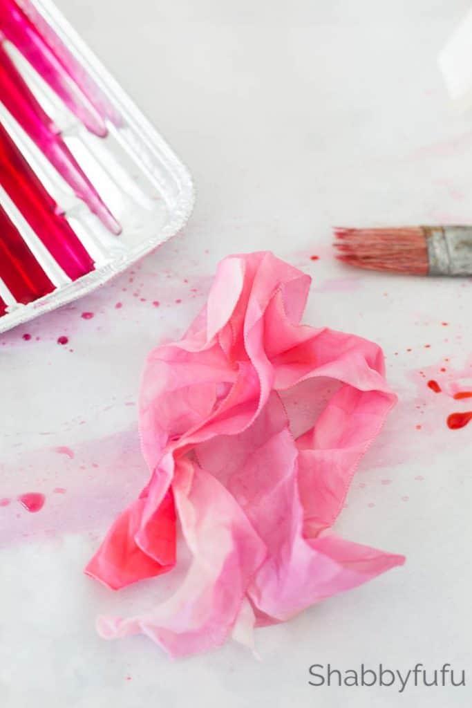 painting watercolor ribbon