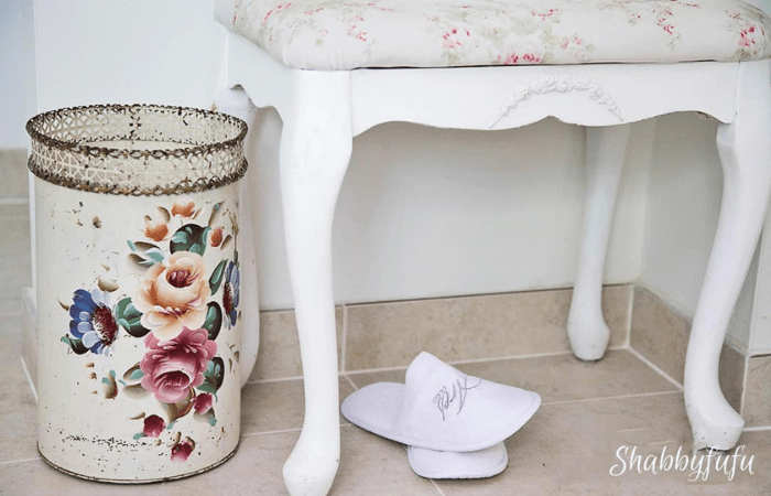 Natural Tips to Remove Odors from Trash Can