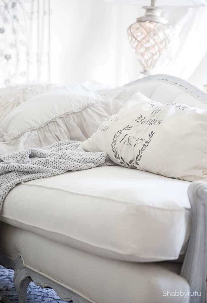 french-pillows-white-shabbyfufu