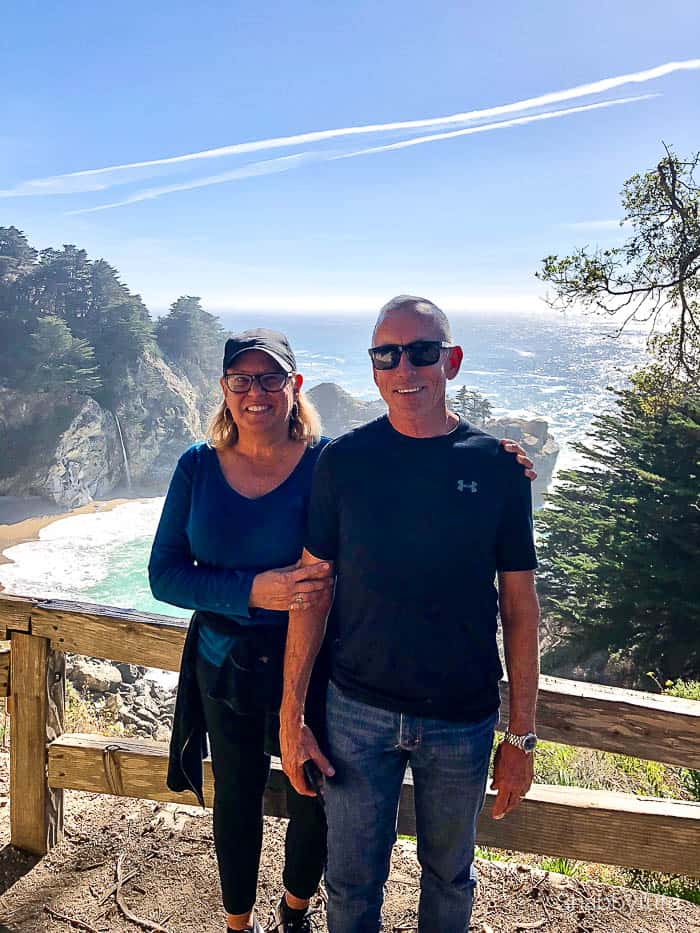 travel-empty-nesters-hiking