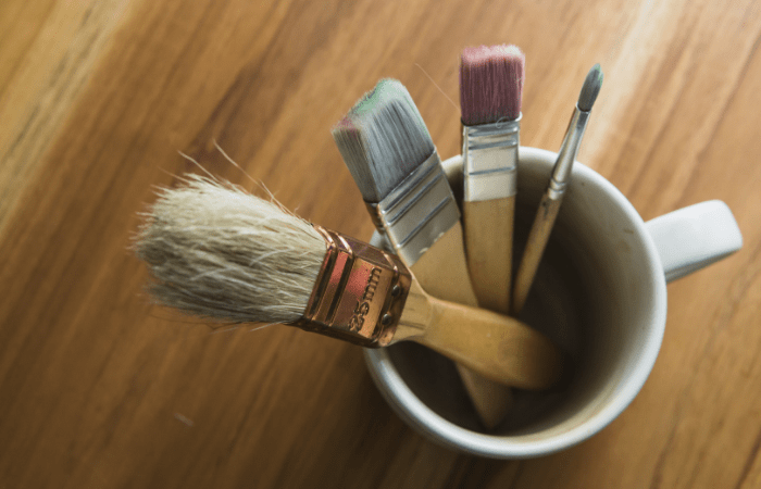 paint brushes dusting hack