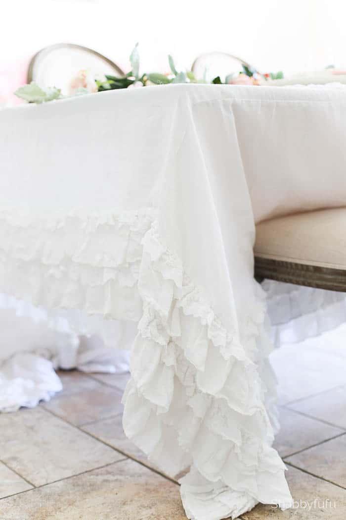 ruffled petticoat tablecloth table setting tips