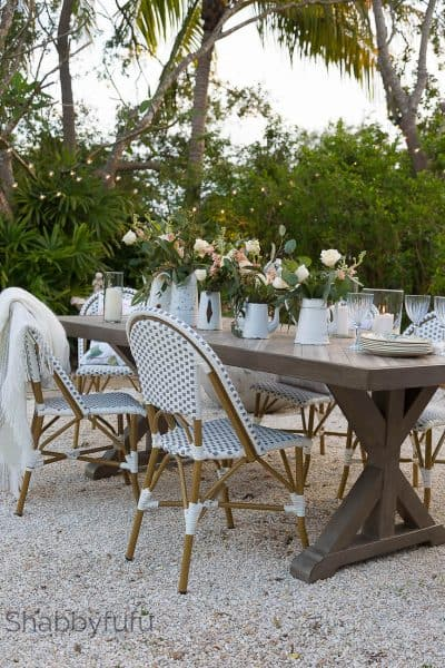 french style dining outdoors