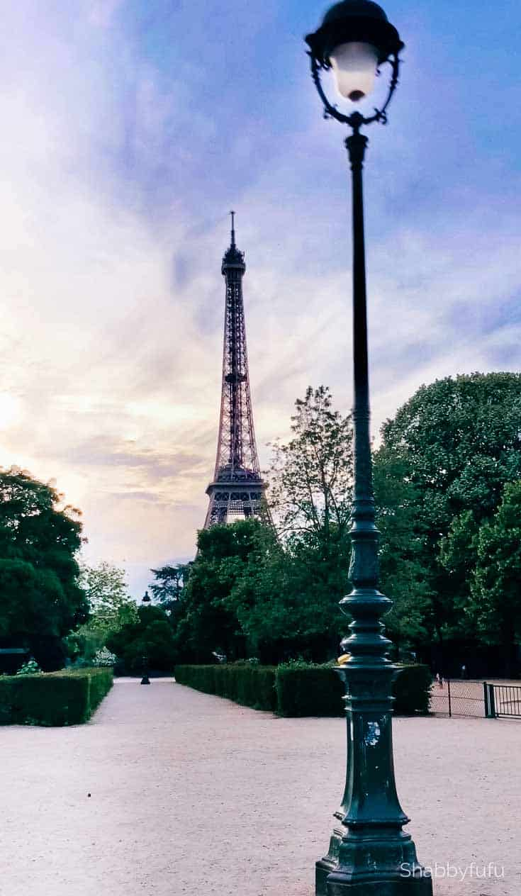 Paris travel tips le tour eiffel