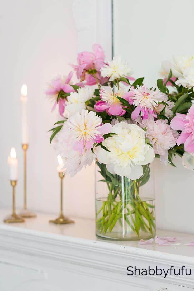 blush pink and white summer decorating ideas peonies candles