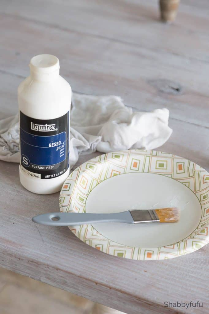 chalk painting furniture gesso