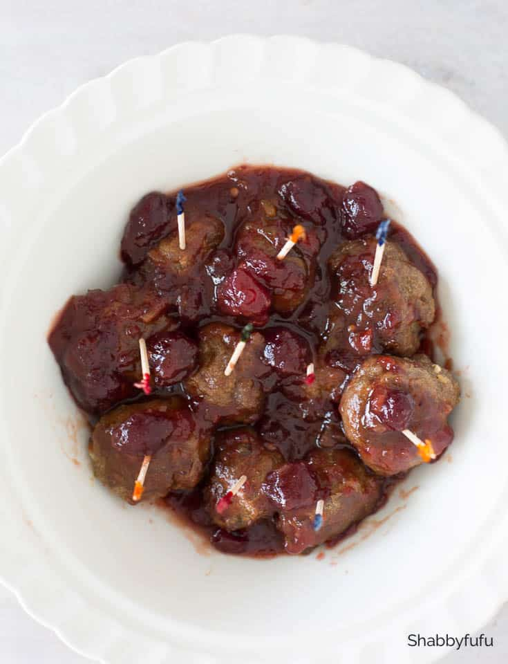 crock pot cranberry meatballs with chili sauce
