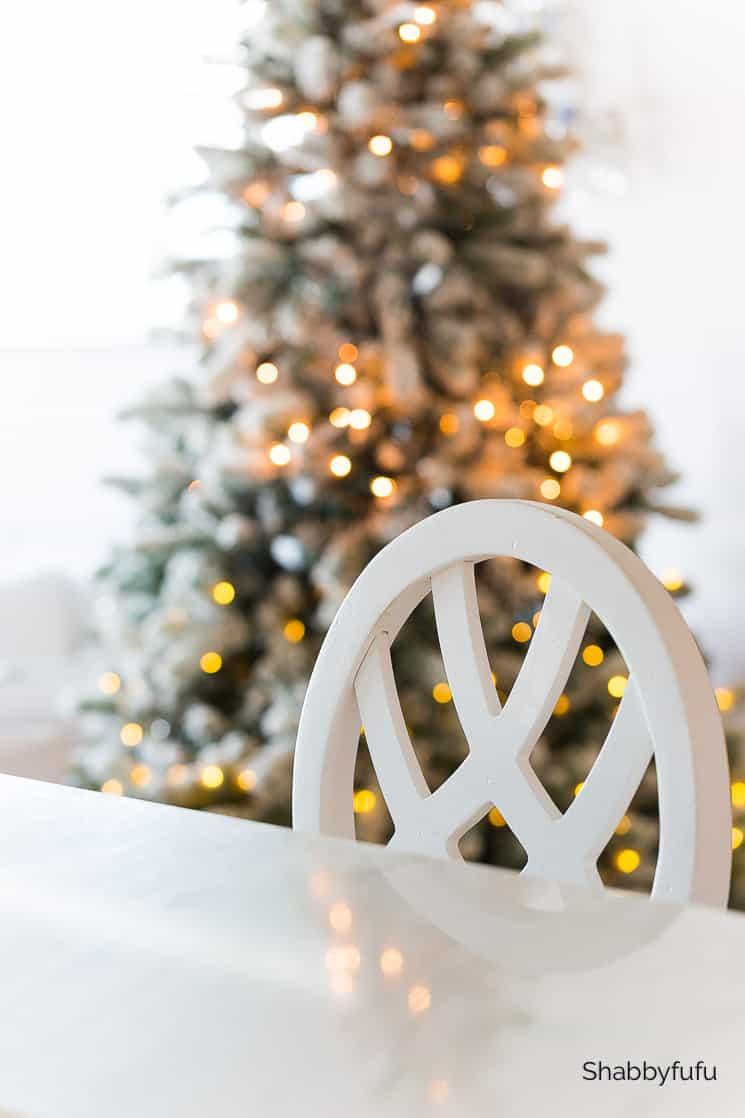 beach house white Christmas