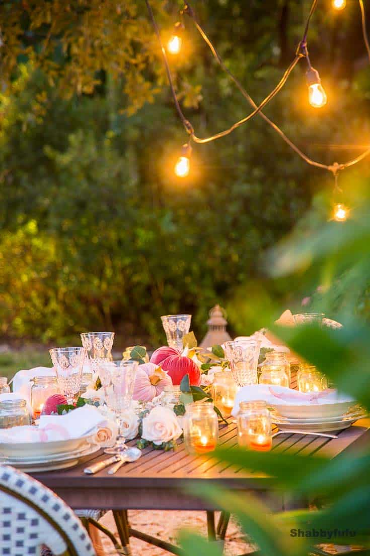 Valentines Day table outdoors