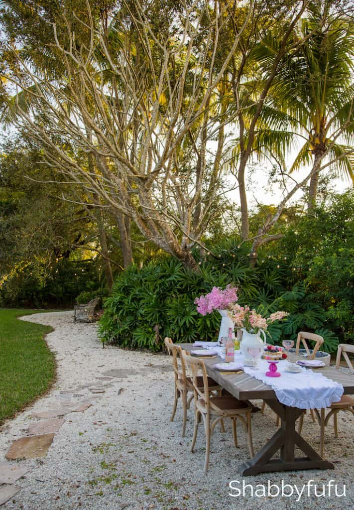 tropical garden entertaining palm trees