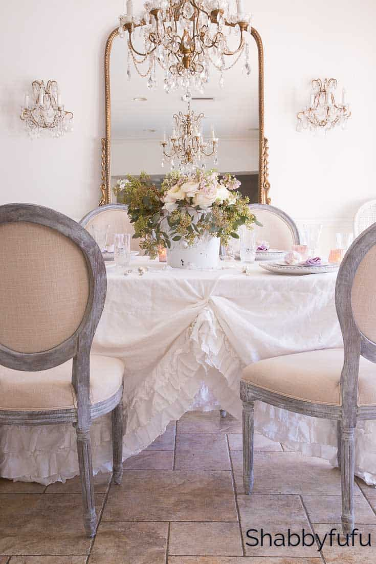 shabby chic dining room in white