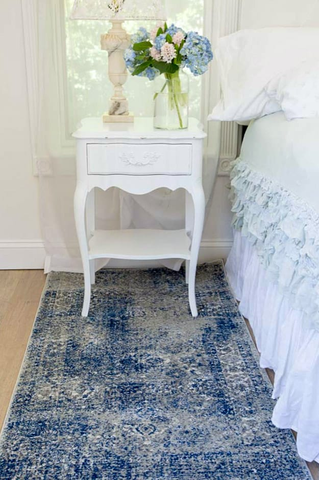 white nightstand French