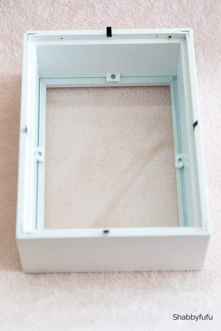 Shadow Box Frame Displaying Heirlooms - 20 Minute Decorating