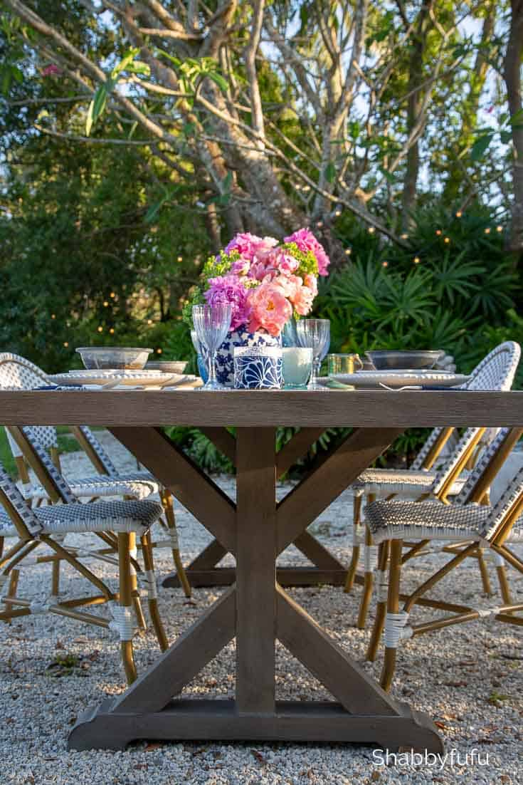 outdoor rectangular trestle table