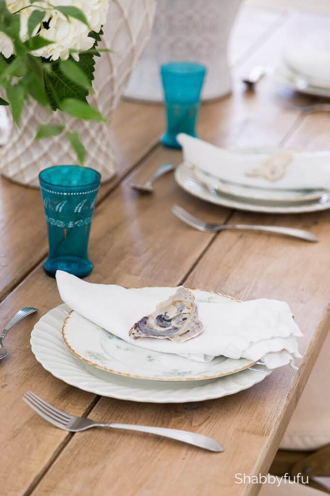 coastal Florida home dining room