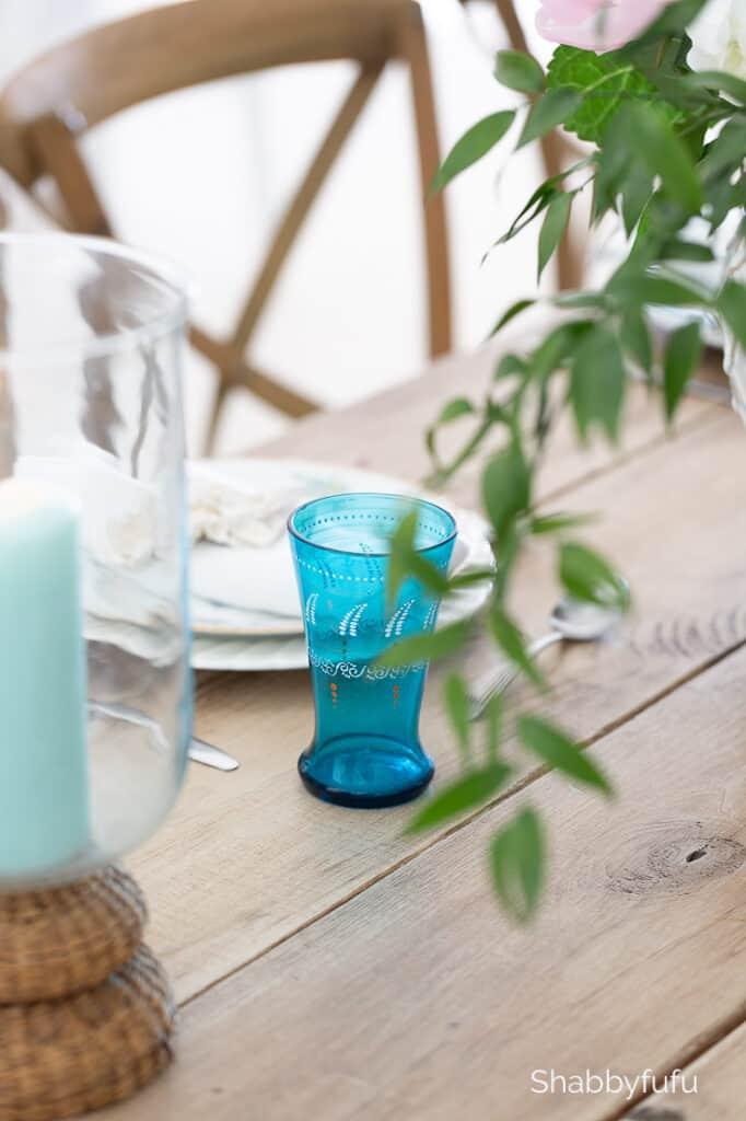 beach house summer ideas table setting