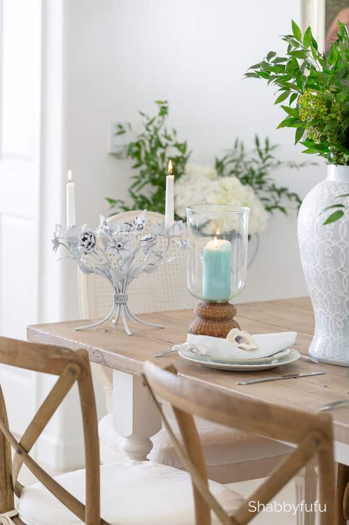 simple summer table setting beach house