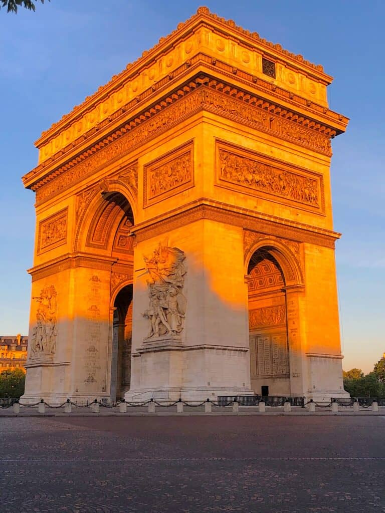 Paris day trips from the Arc de Triomphe